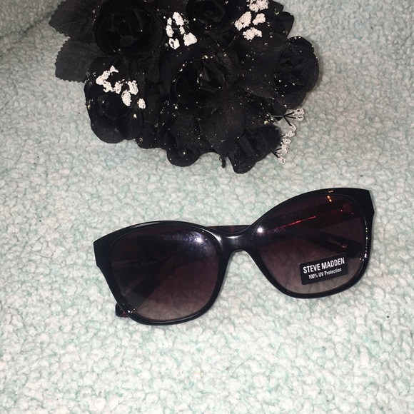 87f0034987aa Steve Madden Accessories | Host Pick Womens Sunglasses | Poshmark